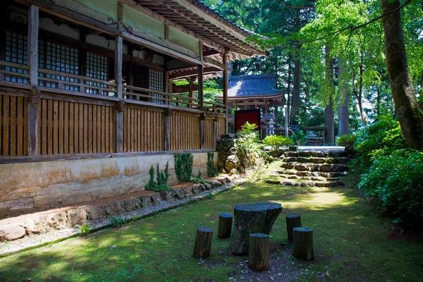 th_0607-2015_Zen-No-Tabi_Kurotani_kannon-dera-1.jpg